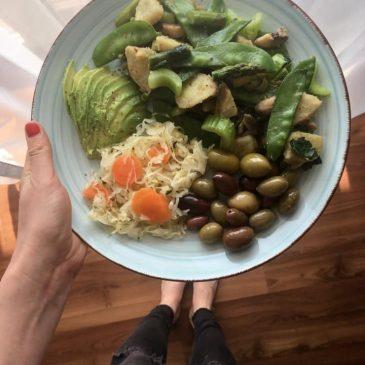 Egy igazi tavaszi recept, sok színes zöldséggel