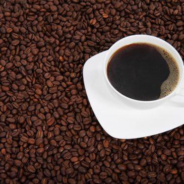 Alma élénkítő hatása a kávé helyett