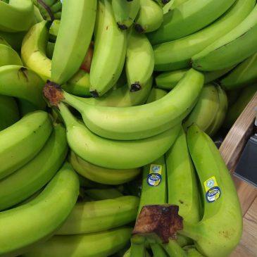 Remek éretlenebb/zöldebb banánokat találtunk egy szupermarketben