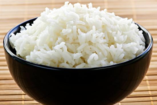A megfőzés után visszahűtött rizs