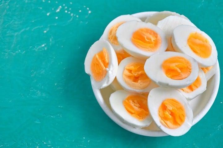 A tojás hatása a jóllakottságra túlsúlyos és elhízott személyeknél